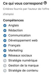Section compétences poste LinkedIn